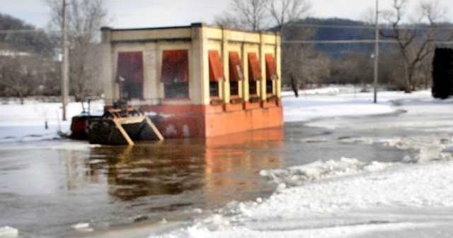 dam flooda